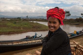 Expo femmes & enfants birmans-35