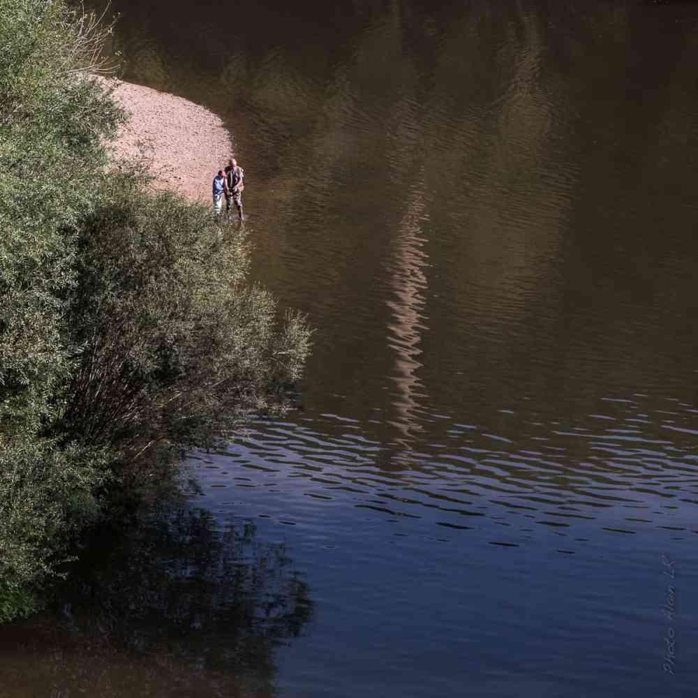 Pêcheurs en bord de Loire