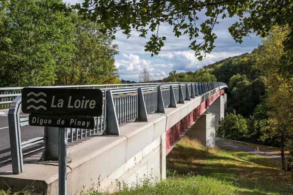 La Loire ) Pinay