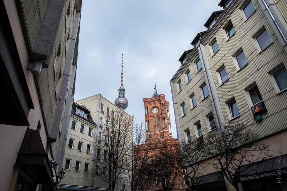 Hauts de la Fernsehturm et du Rathaus