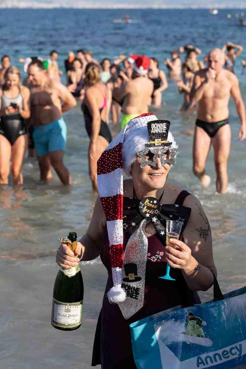 Le bain du jour de l'an 2019 à Antibes - 15