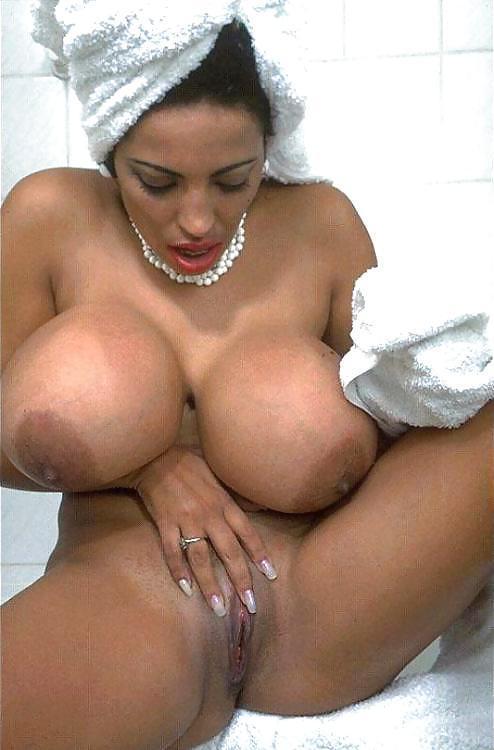 Big tit latina babe