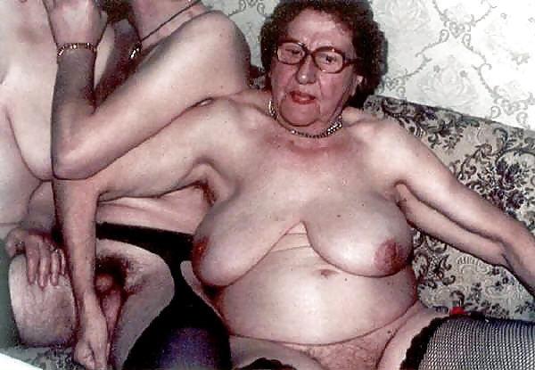 Hot women handjob nude