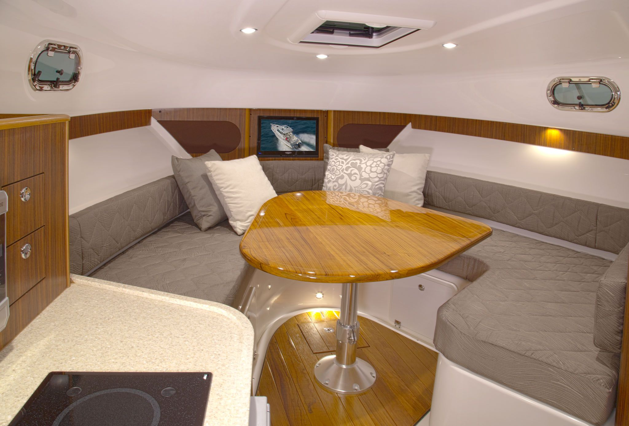 2014 36' PURSUIT 345 OFFSHORE For Sale In Newport Beach
