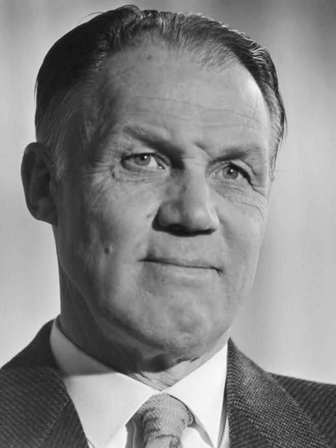 Rinus_Michels_1984.jpg?fit=662%2C883&ssl