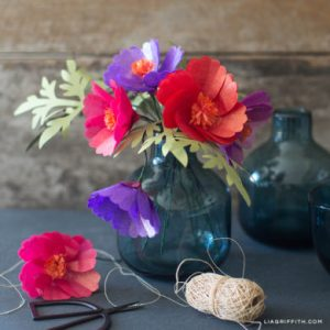 DIY Tutorials for Handmade Tissue Paper Flowers Tissue Paper Cosmos Flowers