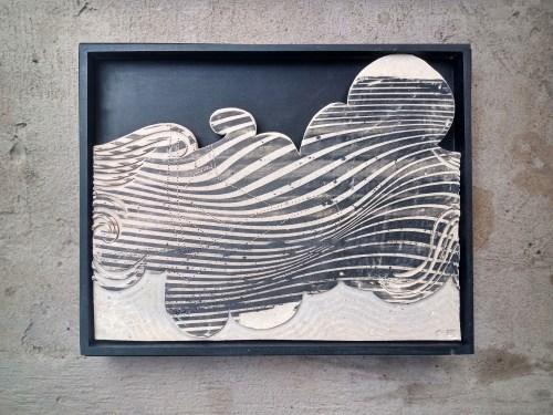 Escultura de pared de la artista Ana Gomez