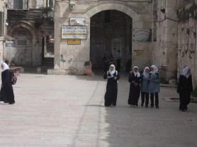 Vers la ville arabe