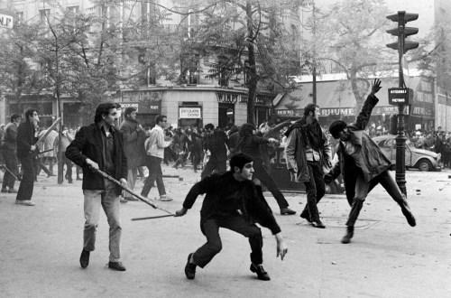 Des manifestants à Paris