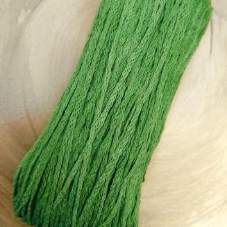 El Linio Grünfutter Schoppel Wolle | 100% französisches Leinen als feines Baendchengarn | © Die Maschen zum Glück