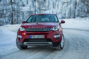 LR_Discovery_Sport_HSELuxery_FirenzeRed_01_15_0137