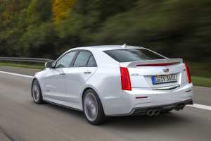 Cadillac_ATS-V_sedan_ext_11