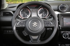 Suzuki_Swift_Details_004