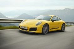 Der Porsche 911 Carrera T ist ab Januar 2018 lieferbar und kostet ab rund 107.500 Euro. © Porsche