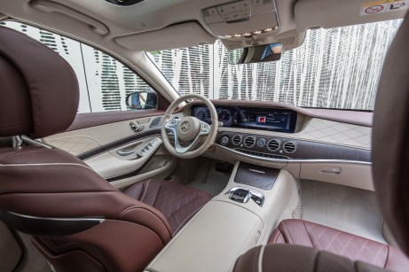 Edle Materialien, perfekte Verarbeitung: das Interieur der S-Klasse. © Daimler