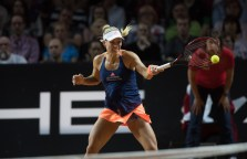 ngelique Kerber, Gewinnerin Porsche Tennis Grand Prix 2015, 2016