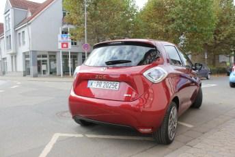 Der Renault Zoe ist mit entsprechender Lade-Infrastruktur ein alltagstaugliches E-Auto. Aber er ist im Vergleich zu den Konkurrenten schlicht zu teuer. © Thomas Schneider / mid