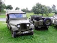 Wagenbreite Motorhaube und optional sogar eine Heckklappe hatte der M38 A1.