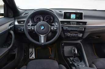 Das typische BMW-Cockpit. Foto: BMW/Fabian Kirchbauer