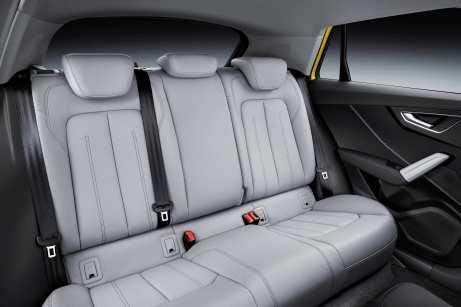 Auch in der zweiten Reihe sitzt es sich bequem. Foto: Audi