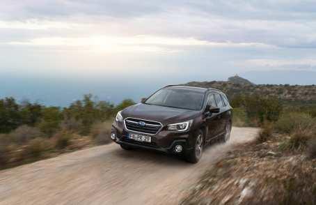 Der permanente Allradantrieb Symmetrical AWD sichert in Verbindung mit einer aktiven Drehmomentverteilung und dem Allrad-Managementsystem X-Mode beste Traktion. Foto: Subaru