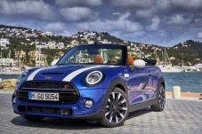 Das Mini-Cabrio wurde für die gerade beginnende Saison optisch und technisch aufgefrischt. © Mini