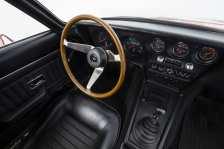 Ebenso wie beim Außendesign verströmte der Vorzeige-Sportler im Innenraum mit seinen Schalensitzen, dem Drei-Speichen-Lenkrad und den modernen Rundinstrumenten ein emotionales Flair. Foto: Auto-Medienportal.Net/Opel