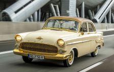 Der zweimillionste Opel, ein Kapitän A. Foto: Auto-Medienportal.Net/Opel