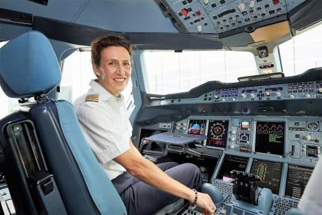 Elke Hieber, Kapitänin einer A380 Lufthansa. Foto: Lufthansa