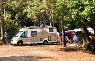 Alles Wissenswerte über Campingplätze findet sich im ADAC-Campingführer. Foto: Klaus H Frank