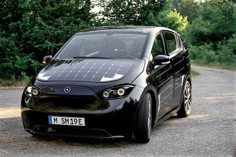 Insgesamt kommt der Sion mit einer Batterieladung 250 Kilometer weit. Foto: Auto-Medienportal.Net/Sono Motors