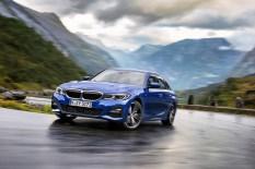 Die Limousine des 3er BMW ist 76 Millimeter länger, 16 Millimeter breiter und einen Millimeter höher als sein Vorgänger. Foto: Auto-Medienportal.Net/BMW