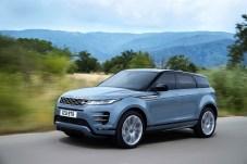 Die konventionellen Antriebe basieren auf Vierzylinder-Motoren und reichen von 150 PS (Diesel) bis 300 PS bei den Benzinern. Foto: Land Rover