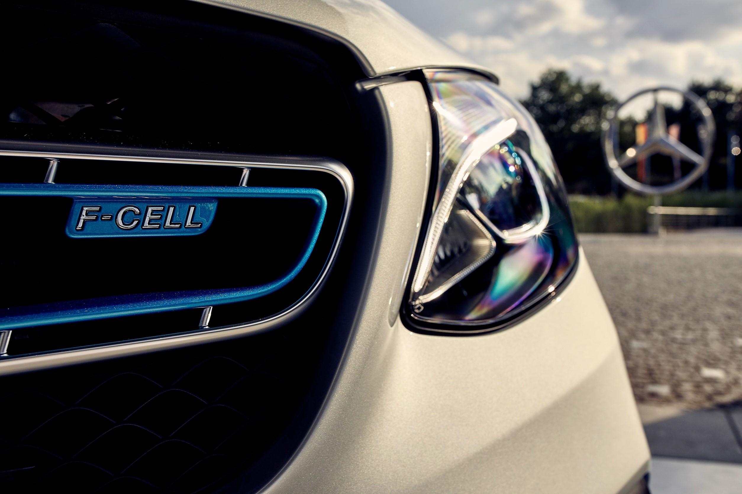 Die Testfahrer Auto Und Reise Magazin Online Mit Cover Headlamp Satria Fu Gen3 Der Mercedes Glc F Cell