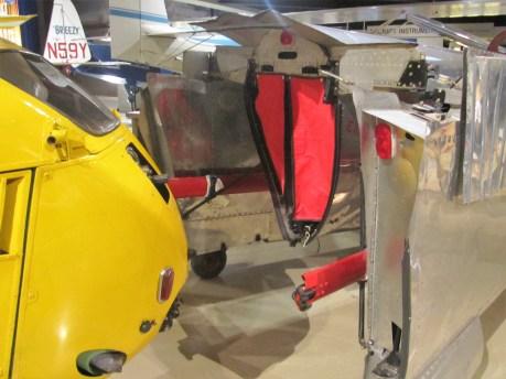 Tragflächen und Leitwerk aus Aluminium-Blechen kann das Aerocar I am Boden wie einen Anhänger hinter sich herziehen.