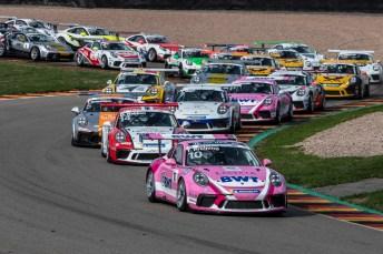 Volle Starterfelder und jede Menschen Action: Der Porsche Carrera Cup fährt seiner 30. Saison entgegen. © Porsche