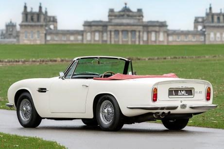 Der Aston Martin DB6 kann auch wieder in den serienmäßigen Urzustand zurückversetzt werden. Foto: Aston Martin