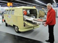 VW-Transporter T1 mit 44 PS von 1967 als Krankenwagen