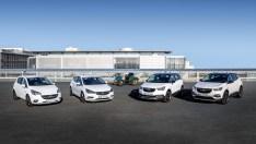 """Happy Birthday: Die Top-ausgestatteten Opel-Sondermodelle """"120 Jahre""""-Automobilbau sind ab sofort bestellbar. Foto: Opel"""