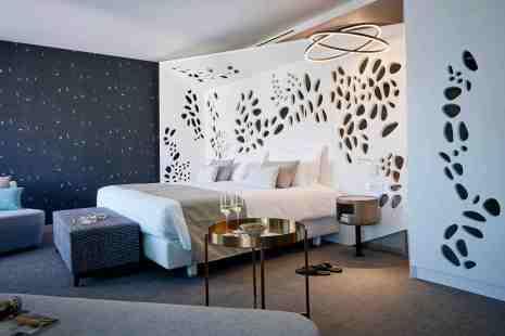Eine neue Junior-Suite im wiedereröffneten TUI-ROBINSON JandiaPlaya. Foto: TUI