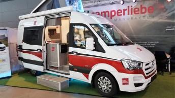 Etwas abseits zeigt das Berliner Start-Up Camperliebe seinen Ausbau eines Hyundai H 350 Transporters. Foto: Auto-Medienportal.Net/Michael Kirchberger