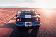 Den Sprint von 0 auf 100 km/h soll der Ford Mustang Shelby GT500 in dreieinhalb Sekunden schaffen. Foto: Auto-Medienportal.Net/Ford