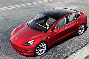 Die ersten Tesla Model 3 sind jetzt in China in einer Megafabrik vom Band gelaufen. © Tesla