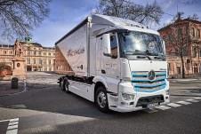 Mercedes-Benz e-Actros - mit einer realistischen Reichweite von rund 200 Kilometern wird der Lastwagen vor allem im Verteilerverkehr eingesetzt. Foto: Auto-Medienportal.Net/Daimler