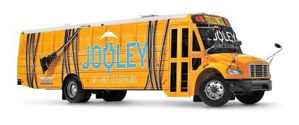 """""""Ikone unter Strom: Daimler stellt seinen ersten vollelektrischen Schulbus in den USA vor"""". Hier ist er noch fensterlos, der Saf-T-Liner C2 Electric Bus (""""Jouley""""). Foto: Auto-Medienportal.Net/Daimler"""