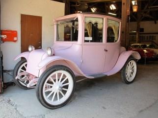 Milburn light Electric – 1919 das Auto der Frau des US-Präsidenten.