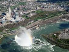 Die Fallsview Aerea auf der kanadischen Seite