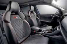 Auch innen gleicht der RS dem Sportline: Viel Platz vorne wie hinten, als 5-Sitzer mit 530 bis 1.960 Liter Laderaum gut dabei. © Skoda