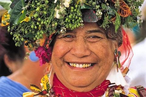 Frau auf Tahiti. © Gebeco Länder erleben