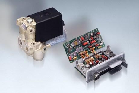 """Lebensretter Nummer 2: Bosch entwickelt das mit den Buchstaben """"ABS"""" patentierte elektronische Antiblockiersystem. © Bosch"""